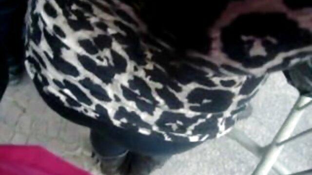 Shawna Lenee cums saat ia tampak video nyepong sampe crot besar ayam switch sisi cowgirl