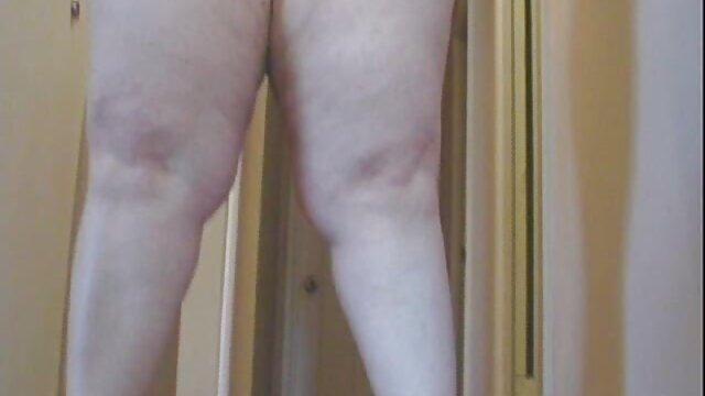Burung Inggris jilbab nyepong terbaru yang dipukuli suka bekas luka.