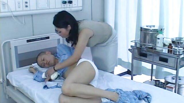 Stripper sepong sampai crot Giselle porno casting