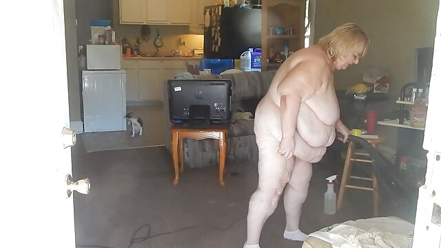 gadis berambut putih dengan pantat keras, tetangganya. video bokep jilbab nyepong